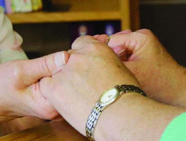 holding-hands-m-murphy
